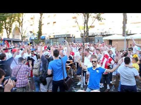 """English fans are singing """"Vindaloo"""" . Euro 2012"""