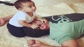 Salman Khan Playing With Ahil