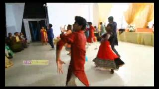 KERALA WEDDING FLASH MOB (New)