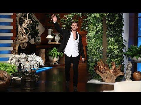 Chris Hemsworth Reveals Matt Damon s Snake Scare in Australia