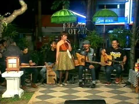 Bintang Band feat Dek Ulik samatra artis bali 1