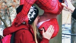 HOW TO DO THE SPIDERMAN KISS