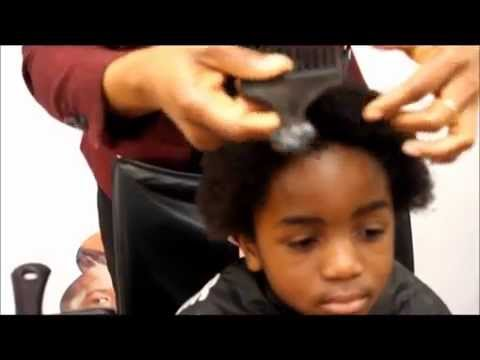 HOW TO GROW AND CARE FOR YOUR NATURAL AFRO HAIR