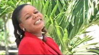 Anastazia Mukabwa & Rose Mhando - KIATU KIVUE