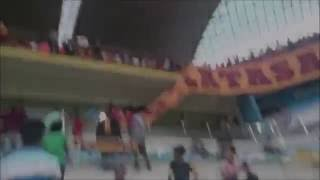 Kayserispor fans steal half flag of Galatasaray 10.09.2016