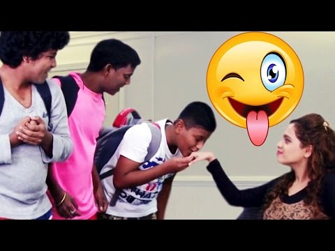 Madam Andar Chale - Hindi Comedy Joke