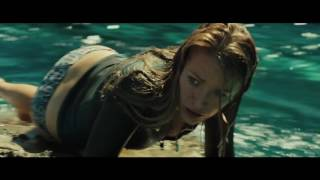 THE SHALLOWS - International Hindi Trailer