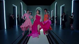 The New LIVA Fluid Fashion TVC featuring Kangana Ranaut (10 sec)