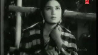 jane kya dhoondti rehti hai ye aankhen..Rafi-Khayyam-Kaifi Azmi- shola aur shabnam..a tribute