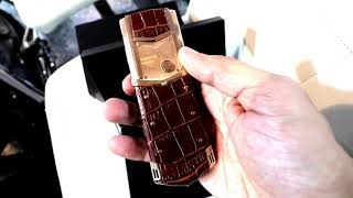 Vertu Rose Gold Phone Worth 5 lakhs | Expensive Phones | Born Creator