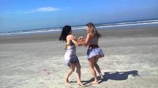 clip oficial da timidez kkkk (victor e leo) Viviane Saraiva e Vania Saraiva