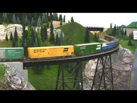 BN HO Scale Layout Model Railroad Train Video HD JAN 2011