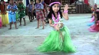 Hawaian dance - CJ