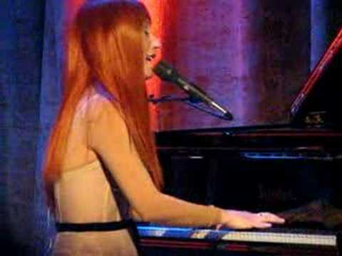 Xxx Mp4 Tori Amos Almost Rosey 3 Of 3 Live In New York City 3gp Sex