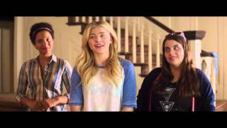 Bad Neighbours 2 | clip - Teddy Asks Girls What's Wrong With Frats