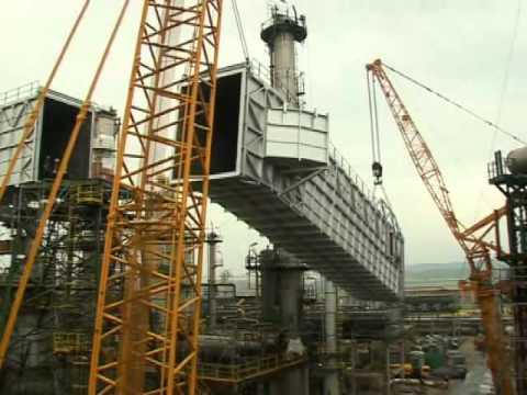 Maniobra Grúas Rigar en refinería Repsol