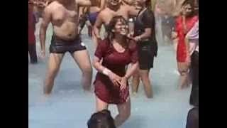 Newly Sweet couple Girl Dancing On Water Park Festival Real too much hot Scene