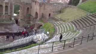 My Visit to the Ancient Greek Theater of Taormina!