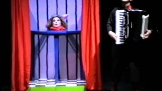 Raymond Murray Schafer: La Testa d'Adriana for soprano and accordion