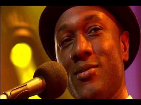 Aloe Blacc Wake Me Up Legendas Pt Eng