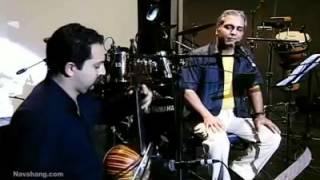 اجرای زنده آهنگ آره بارون میومد توسط مهران مدیری