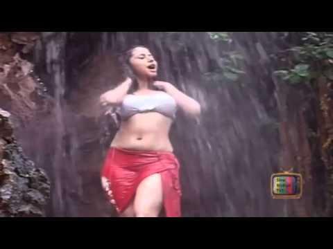 Urmila Matondkar too hot n wet   YouTube