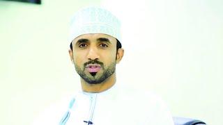 اللاعب العماني اسماعيل العجمي في زيارة للعراق بمناسبة أربعينية الامام الحسين عليه السلام