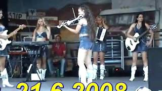 Country Sisters live  Ghost Dance