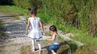 Сестрички Видео для ДЕТЕЙ. Маленькая Няня\Sisters Videos for KIDS Little Nanny