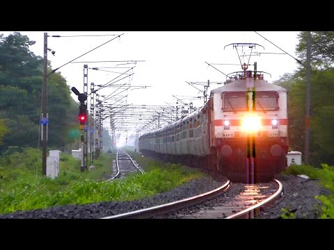 20 Railroad Videos in 10 Minutes  !! INDIAN RAILWAYS TRAINS !
