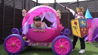 シンデレラの馬車みたいなプリンセス車 お出かけ こうくんねみちゃん Disney Princess Carriage Ride-on Powerwheels