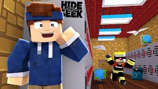 MINECRAFT HIDE AND SEEK! (LIVE)