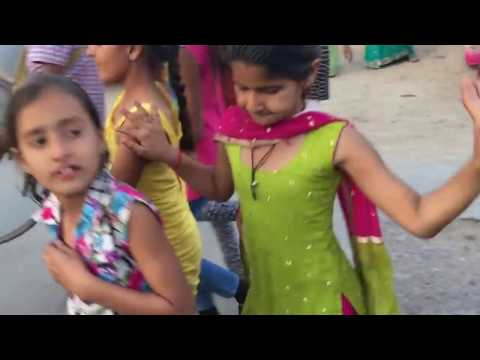 Xxx Mp4 Rona To Farvana Nonstop Gujarati Garba Varghodo Mp3 Mp4 Video Full Hd 3gp Sex