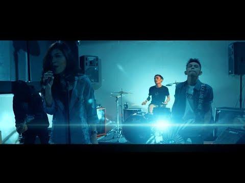 Xxx Mp4 Bintang Kehidupan Versi ROCK Nike Ardilla Cover By Jeje GuitarAddict Ft Shella Ikhfa 3gp Sex