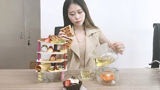 E14 Wanna make a full set of afternoon tea in Office! Try using hair tools!  Cooking in Office