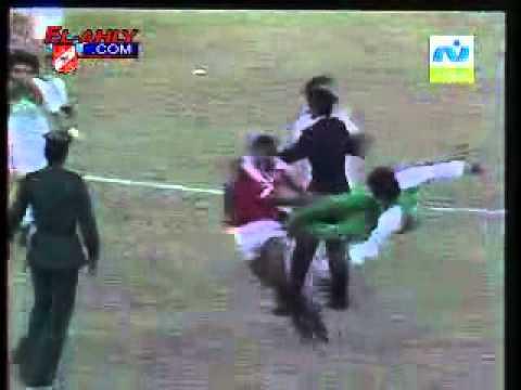 bzaf.yoo7 algerie vs egypt 1984