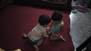 Twins Babies fight
