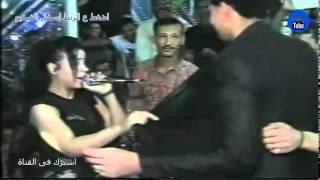 رقاصة بمنطلون جنز ديق والعريس يتحرش بها dance tube