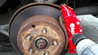 The BEST way to install Brembo caliper covers