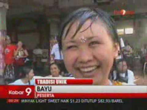 Berita Indonesia Tradisi Ciuman Massal Usai Nyepi di Bali