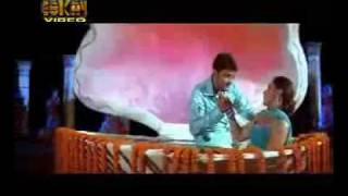 YouTube - bandhu movie song zinok zinok mokto asa.avi