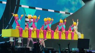 Katy Perry - Teenage dream/Hot n cold/Last Friday night (Live in Montreal, Witness the tour 2017)
