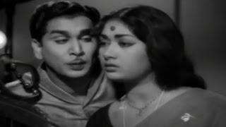 Sumangali || Valapu Vale Teeyaga Vachinaavu Video Song || ANR, Savitri