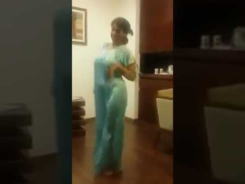Hot Indian Aunty sexy dance