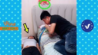 Funny Videos 2018 ● People doing stupid things P72