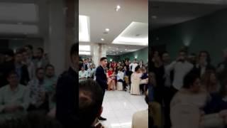 El purili cantando en el pedio de paki y pikina