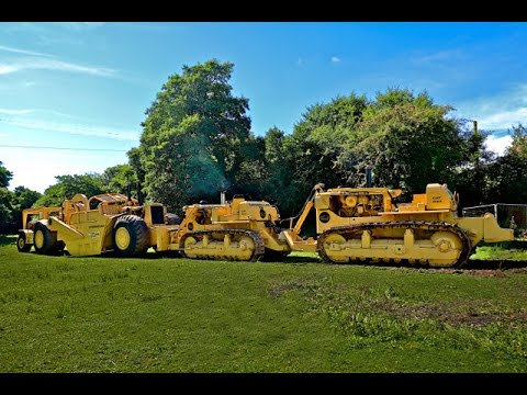 Caterpillar double D9 bulldozer DD9 Quad Trac meets Cat motor scraper 1750 horsepower combination