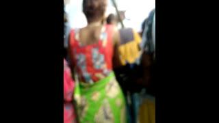 Femme voleuse dénudée à Kinshasa
