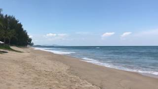 Пхукет. Пляж Natai. Таиланд 16.04.2017. Волна. Phuket, Natai beach 16.04.2017. Thailand
