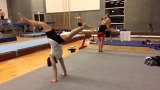 Power moves: Airflare exercise: udført af Frederik Bertelsen: Power moves training